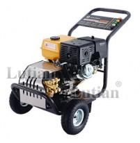 Máy rửa xe chạy xăng Lutian 13HP 18G36-13A